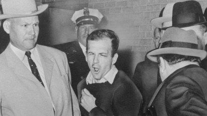 Detective escorted Lee Harvey Oswald as assassin struck
