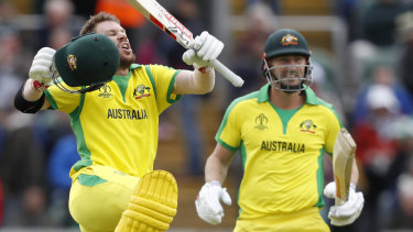 David Warner celebrates his ton against Pakistan.