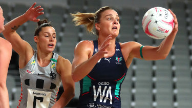 In control: Liz Watson of the Vixens in action against the Magpies at Nissan Arena in Brisbane.