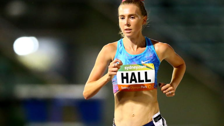 Linden Hall has broken the Australian mile record.