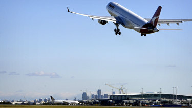 Twenty Brisbane residents made 63 complaints about aircraft noise in November 2008, while 46 people made 164 complaints last month.