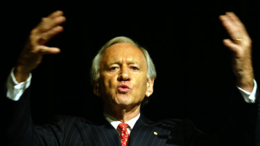 Andrew Peacock at a Brisbane leaders' forum in 2003.