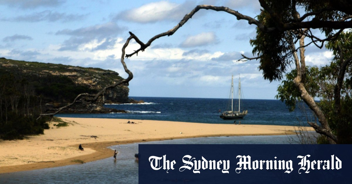 Man swept out to sea at Wattamolla Beach – Sydney Morning Herald