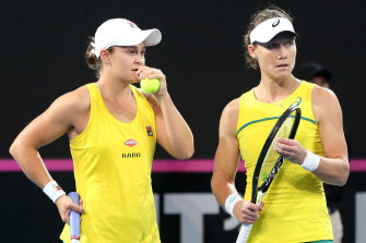 Ashleigh Barty and Sam Stosur in last year's Fed Cup final.