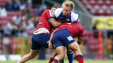 Big Pieter-Steph du Toit takes some stopping when he's on the charge for the Stormers.