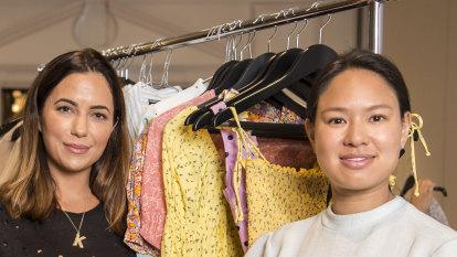 Sydney 'it-girls' raise thousands for bushfire relief at luxury market
