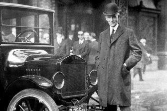 How did Jeff Bezos get so successful and rich? Looking at Henry Ford can explain that story.