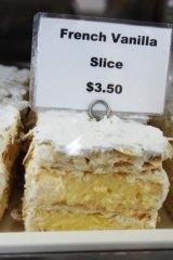 A vanilla slice: Crooks love 'em.