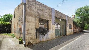 2a Myamyn Street, Armadale.