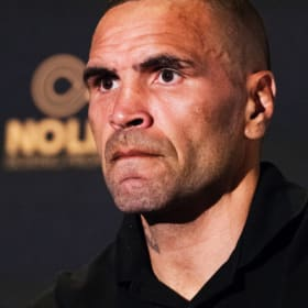 'Despicable human': Anthony Mundine unleashes on Jeff Horn's manager