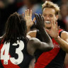 Dons finally clinch a close one, edge wasteful Freo at Marvel
