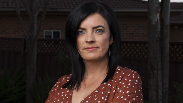 Former Labor MP Emma Husar says men call the shots in the powerful NSW Right faction.