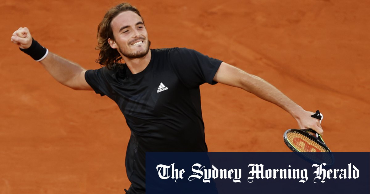 Tsitsipas marches into the French Open semi-finals