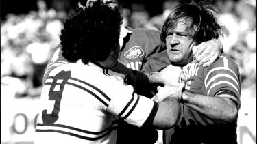 Raudonikis squares up to Manly's Les Boyd in the infamous semi-final battle at Henson Park in 1981.