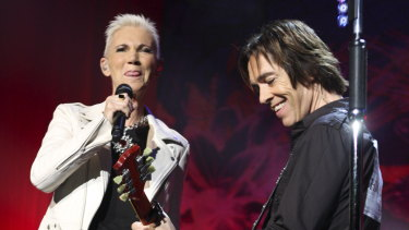 Marie Fredriksson and Per Gessle perform as Roxette.