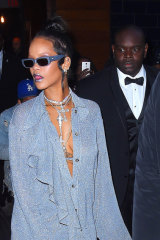 Rihanna's penchant for small glasses meant many followed ... sometimes against what suited their face shape.