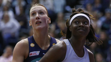 Shimona Nelson of the Magpies and Emily Mannix of the Vixens.