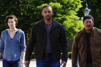 Mary Elizabeth Winstead, from left, Will Smith and Benedict Wong in Ang Lee film Gemini Man.