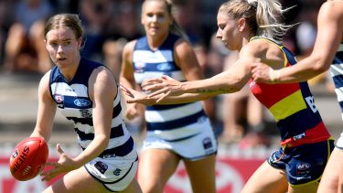 Maddy Keryk of the Geelong Cats .