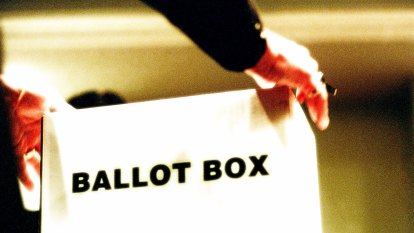 Byford residents in 'citizen's arrest' of suspected voter ballot thieves