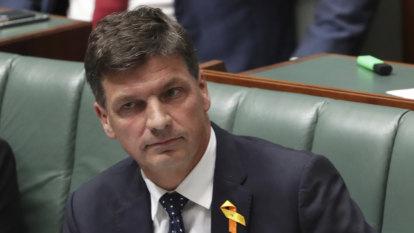 Taylor defends role in grasslands affair as Labor demands resignation