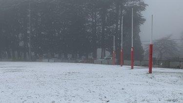Snow in the Victorian town of Olinda on Sunday with freezing, moist conditions extending to Queensland's Granite Belt.