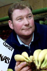Twenty years ago, British grocer Steven Thoburn was prosecuted for selling his fruit and vegetables by the pound, rather than using the metric system.