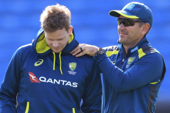 Australia coach Justin Langer, right, and Steve Smith.