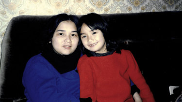 Alice with her mother, Kien, in Braybrook, 1987.