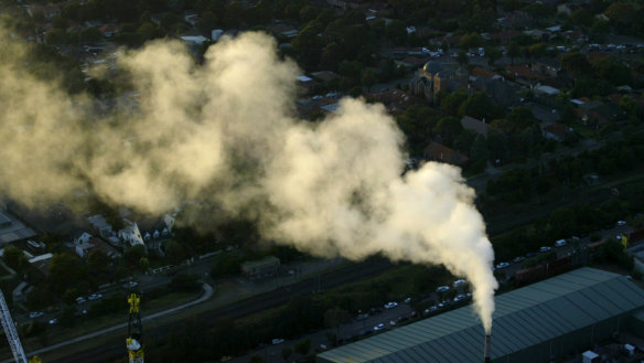 Our year of breathing dangerously: Sydney, Hunter pollution alert