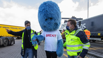 'Brexit Monster' makes appearance in Rotterdam