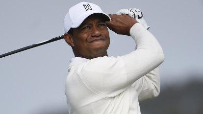 Tiger Woods in Torrey Pines mix despite four-putt shocker