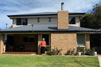 Pensioner Margaret Singleton at her Lakes Entrance home.