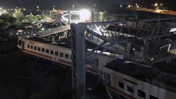 Taiwan train derailment kills many, injures more than 100