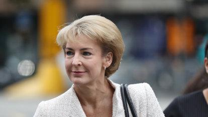 Cash aide admits raids had political links