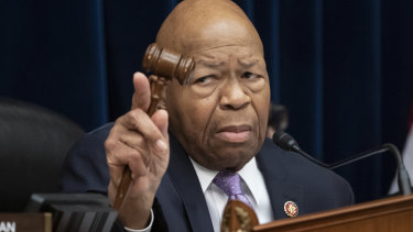 Democrat politician Elijah Cummings, who led investigations into President Donald Trump, has died.