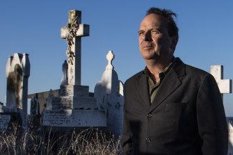 Mayor of Waverley, John Wakefield, at Waverley Cemetery.