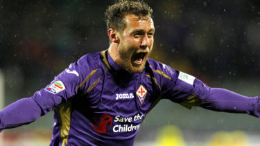 Italian playmaker Alessandro Diamanti in his days with Serie A outfit Fiorentina.