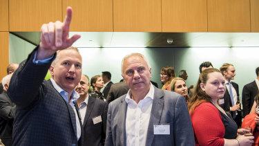 Booktopia CEO Tony Nash (right) with the ASX's James Posnett.
