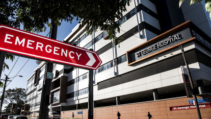 Emergencies mean public hospitals can't tackle elective surgery backlog