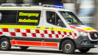 Teenager dies after being pulled from water at the Hawkesbury River