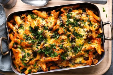 Adam Liaw's mushroom and spinach stroganoff pasta bake.