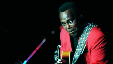 George Benson performing at Melbourne's  Hilton Hotel in 1997.