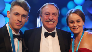 John Newcombe with Ashleigh Barty and Alex de Minaur.