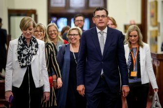 Victorian Premier Daniel Andrews and the late minister for the prevention of family violence Fiona Richardson, left, at the release of the royal commission report in 2016.