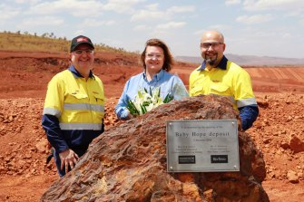 Hope Downs: Rio Tinto iron ore chief executive Chris Salisbury, Hancock Prospecting Group executive chairperson Gina Rinehart, Greater Hope Downs general manager Gaby Poirier in 2018.