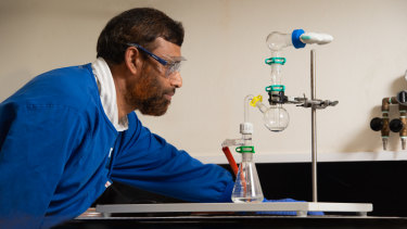 Dr Nazrul Islam is researching a lung cancer treatment of inhaling chemotherapy via chitosan nanoparticles.