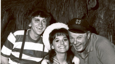 Dawn Wells with fellow cast members Bob Denver and Alan Hale