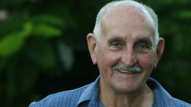 Bruce Dawe at home on Queensland's Sunshine Coast in 2004.
