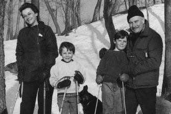 Zoe Caldwell and her husband Robert Whitehead with their sons Charlie and Sam skiing on their estate at Pound Ridge in Westchester Country, New York, accompanied by their dogs Lew and Fanny. March 30, 1978.
